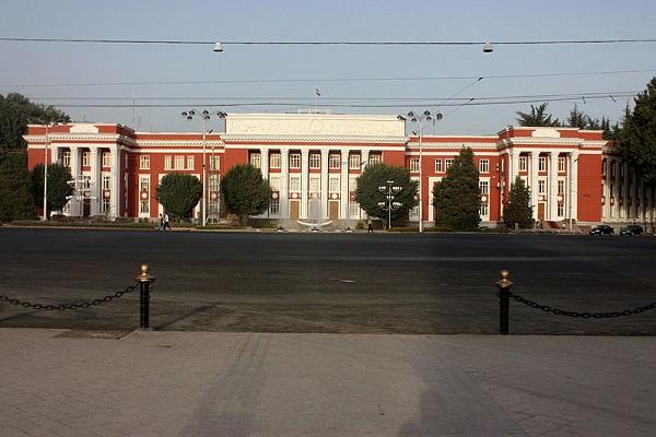Parliament restricts registration of SIM card in Tajikistan