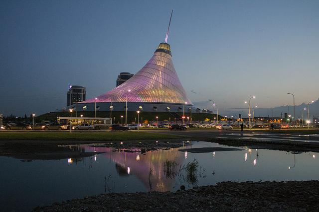 Circus-Mall. Photo Credit: Ben Dalton
