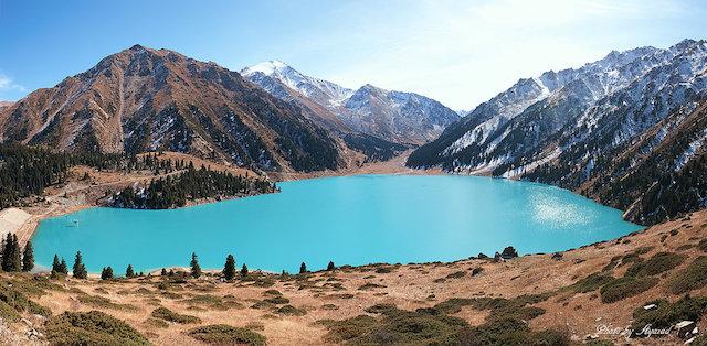 Breath-taking Lakes. Photo Credit: Meros